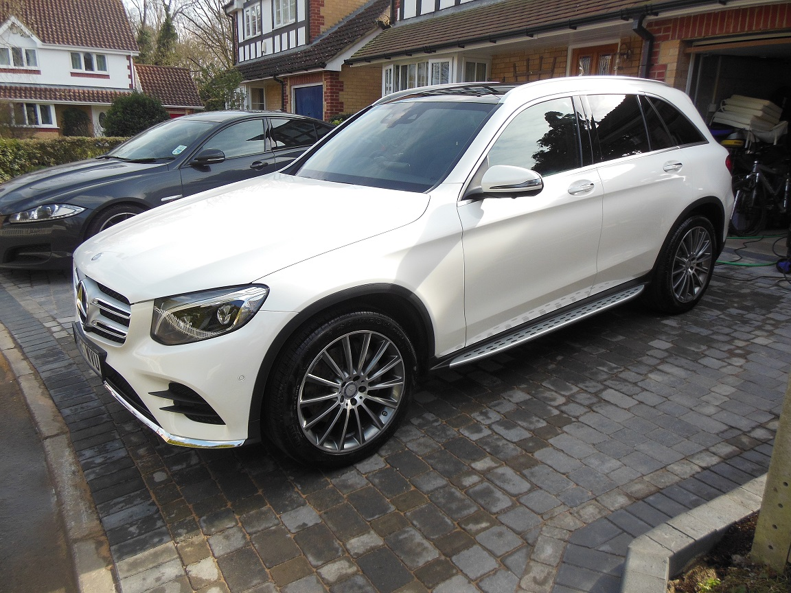 designo diamond white metallic mercedes glc photos mercedes glc forum. Black Bedroom Furniture Sets. Home Design Ideas