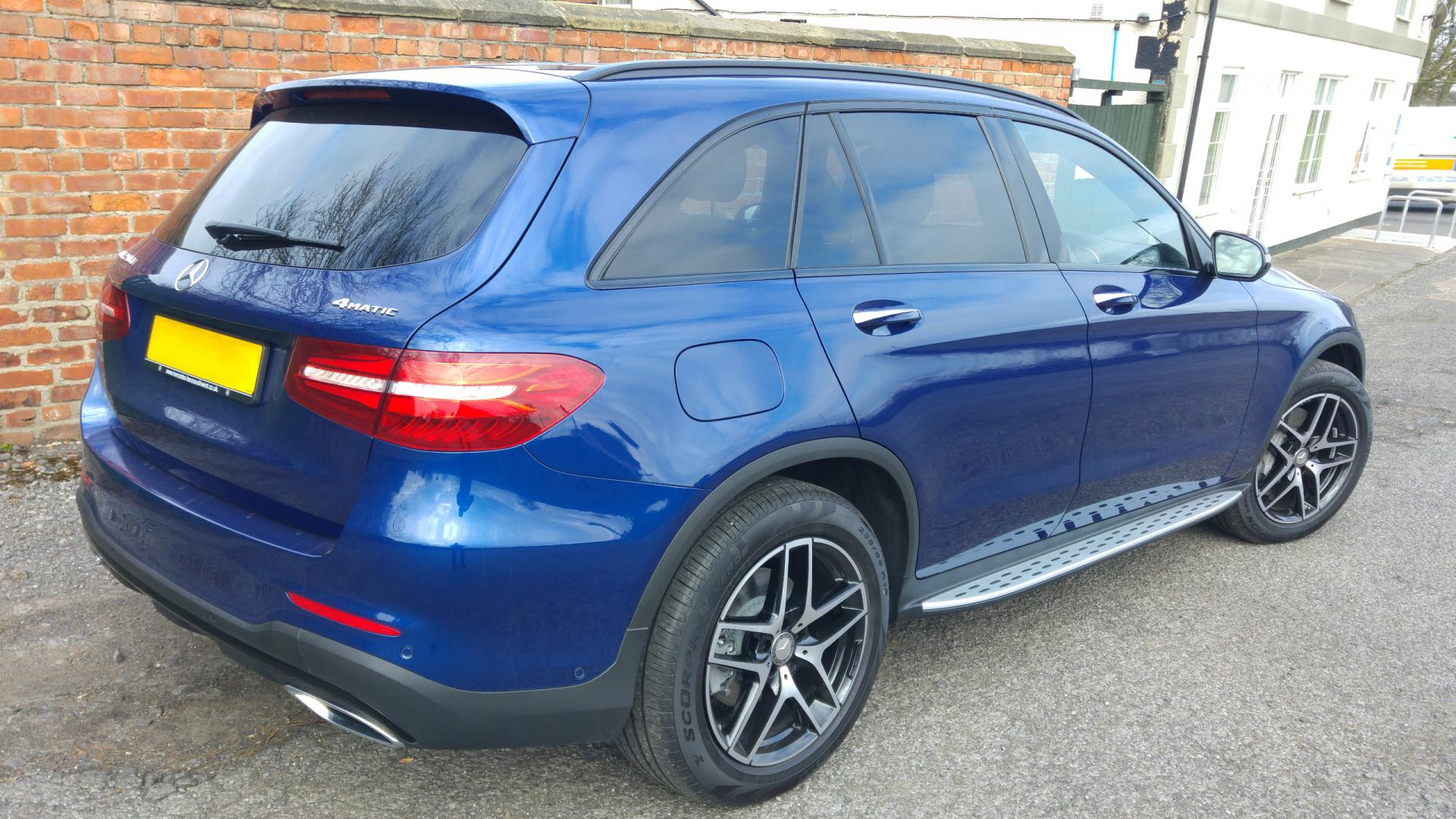 brilliant blue amg line with night pack mercedes glc forum. Black Bedroom Furniture Sets. Home Design Ideas